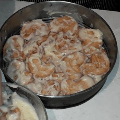 """Фото рецепта - Торт """"Наполеон"""" из слоеного печенья с заварным кремом - шаг 7"""