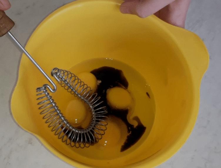 Фото рецепта - Японский омлет за 10 минут - шаг 4