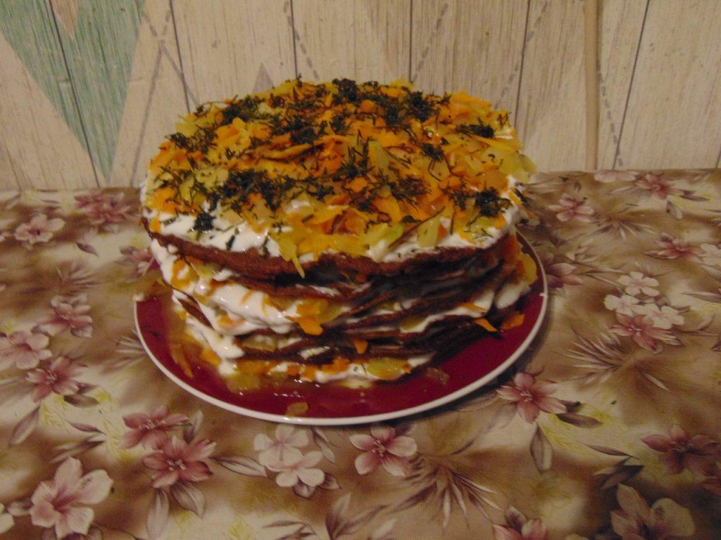 Фото рецепта - Печёночный торт - шаг 4