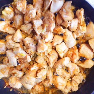 Курица кусочками по-азиатски на сковороде - рецепт с фото