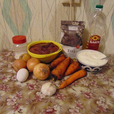 Фото рецепта - Печёночный торт - шаг 1