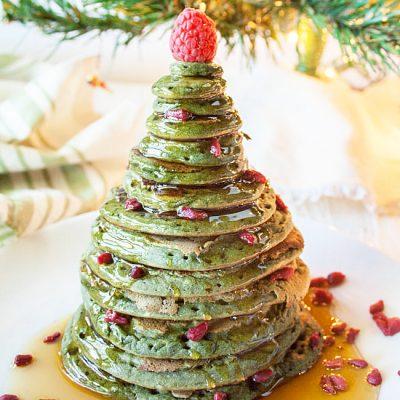 Блинчики на молоке «Рождественская елка» - рецепт с фото