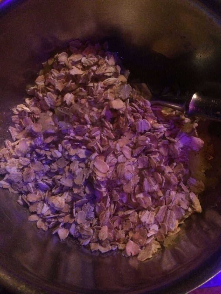 Фото рецепта - Кабачковые оладьи с геркулесом - шаг 3