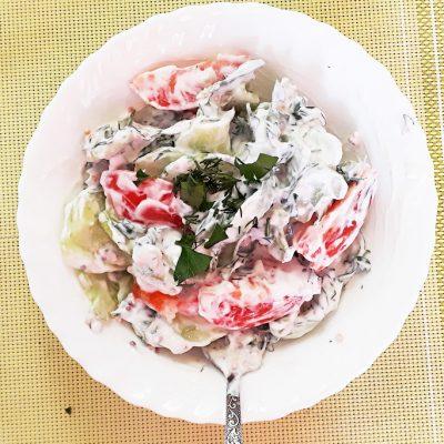Освежающий овощной салат «Нежность» - рецепт с фото