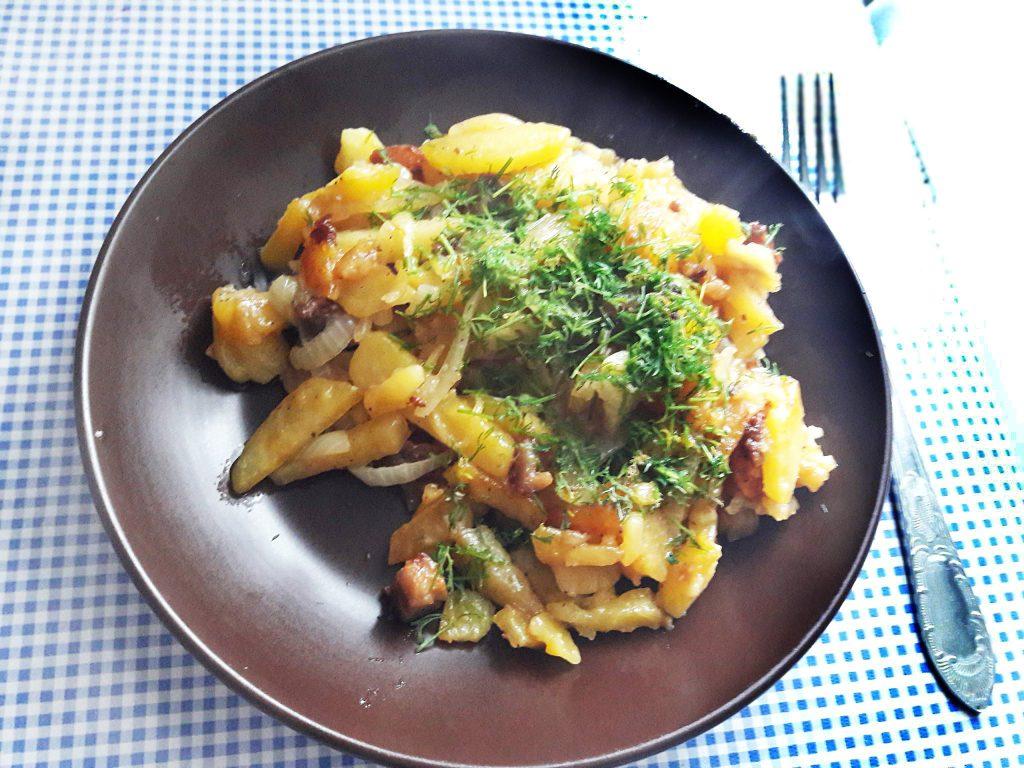 Фото рецепта - Жареный картофель с мясом, как у Бабушки - шаг 8