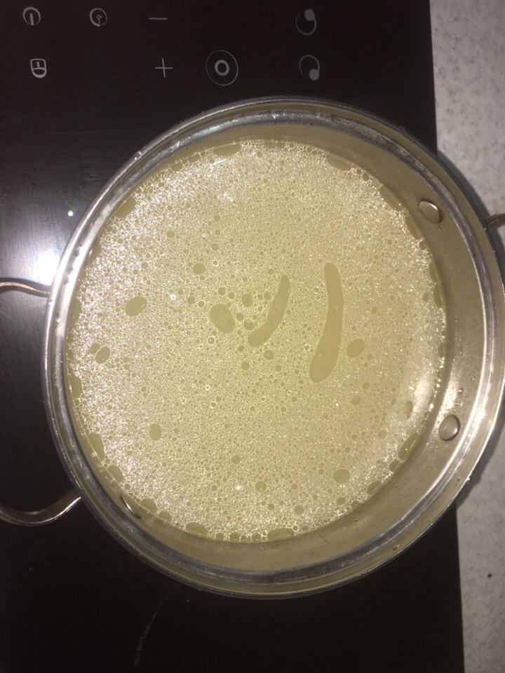 Фото рецепта - Гречнево-сырный суп - шаг 1