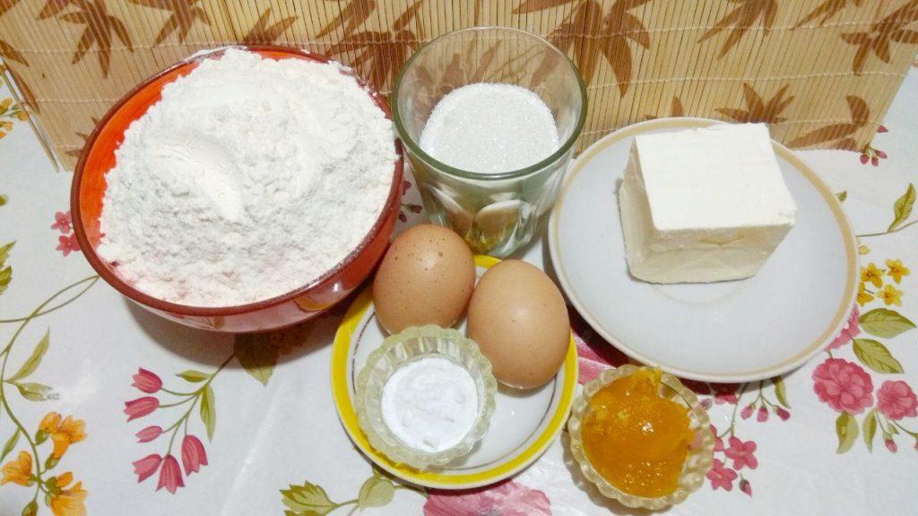 Фото рецепта - Домашние сладкие крекеры из песочного теста - шаг 1