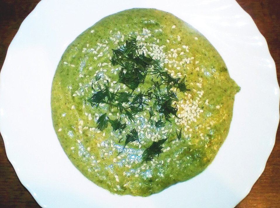 Зелёный суп-пюре с брокколи