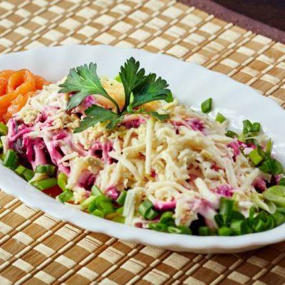 """Слоеный салат – семга под """"шубой"""" - рецепт с фото"""