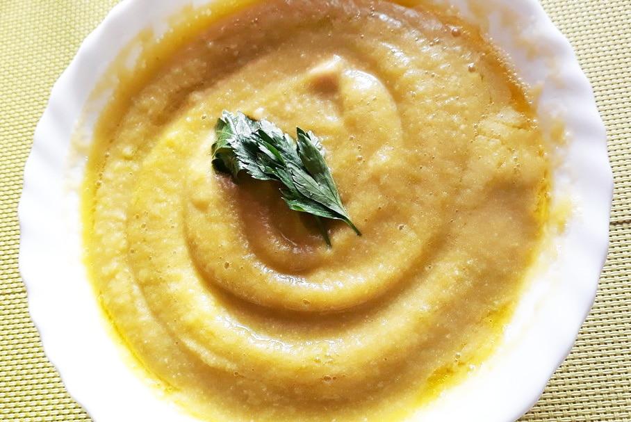 Вегетарианский тыквенно-гороховый суп-пюре с капустой