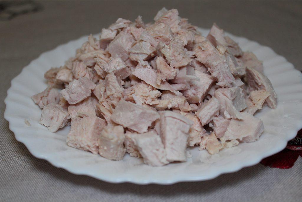 Фото рецепта - Сырный суп с курицей и грибами - шаг 7