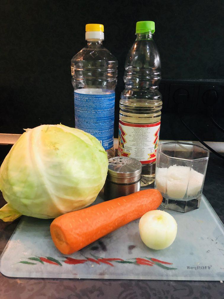 Фото рецепта - Капустный салат как в кафе - шаг 1