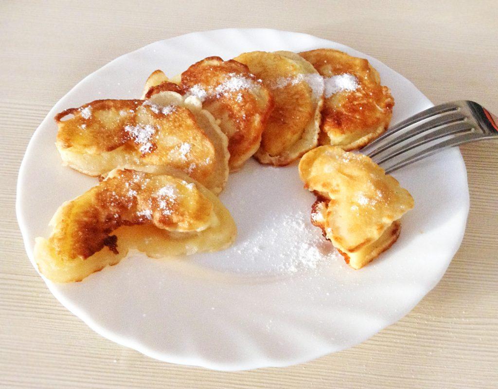Фото рецепта - Жареные яблоки в кляре - шаг 7