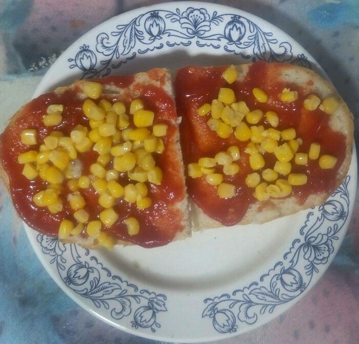 Фото рецепта - Вегетарианские бутерброды с перцем и томатом - шаг 4