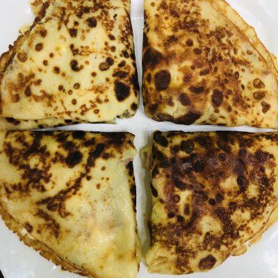 Фото рецепта - Блинчики на молоке, с сыром и ветчиной - шаг 6
