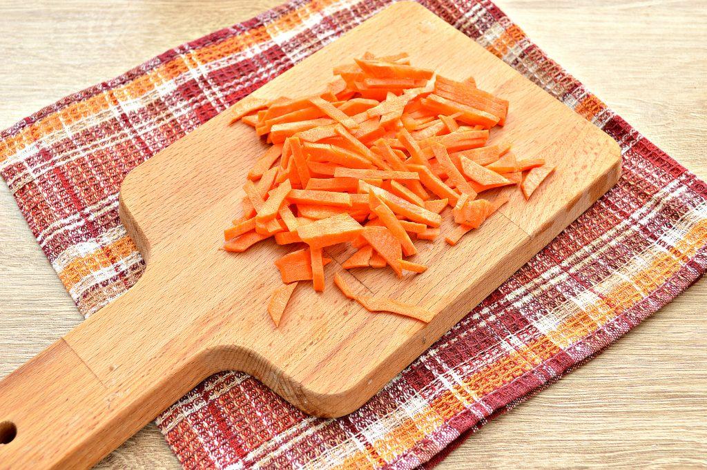 Фото рецепта - Картофельный суп со свиными ребрышками - шаг 2