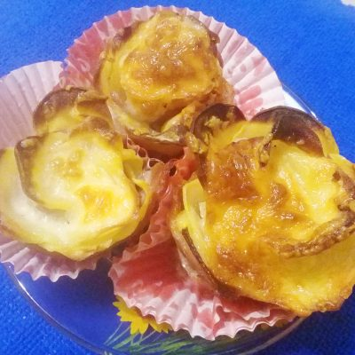 Фото рецепта - Картофельные розочки с беконом и адыгейским сыром - шаг 6