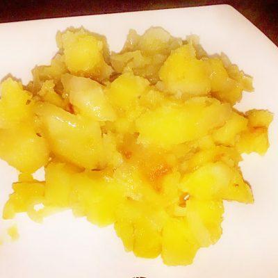 Гарнир – картошка по домашнему с луком - рецепт с фото