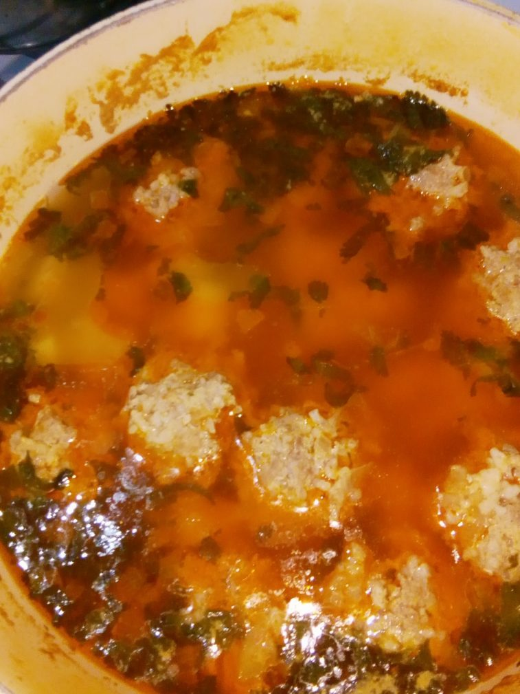 Фото рецепта - Суп с фрикадельками из говядины - шаг 5