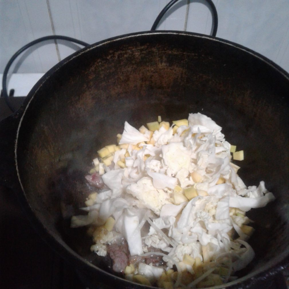 Фото рецепта - Борщ пряный с мясом - шаг 3