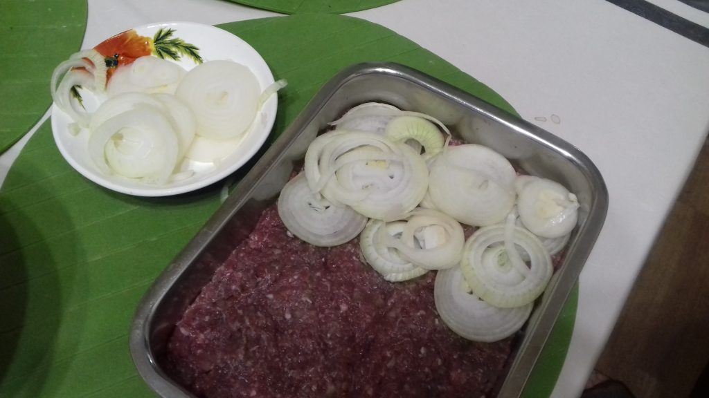 """Фото рецепта - Запеканка """"Мечта фермера"""" из фарша и картофеля - шаг 2"""