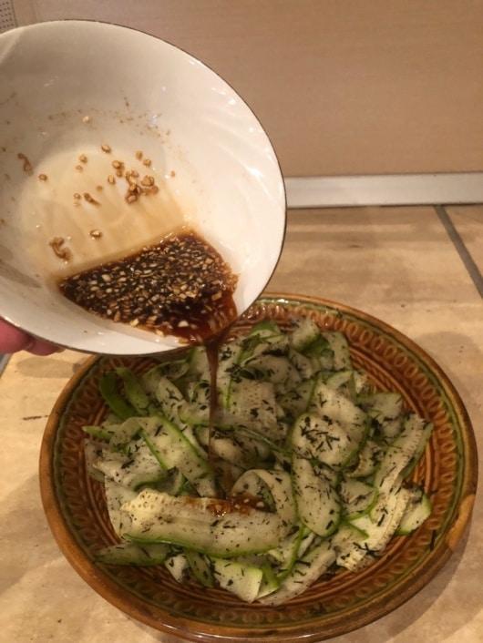 Фото рецепта - Кабачки маринованные по-корейски - шаг 6