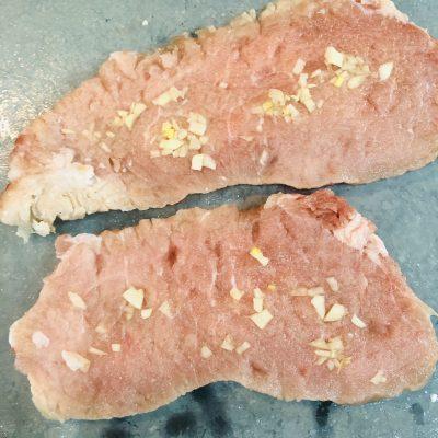 Фото рецепта - Свиная отбивная в тесте (кляре) - шаг 2