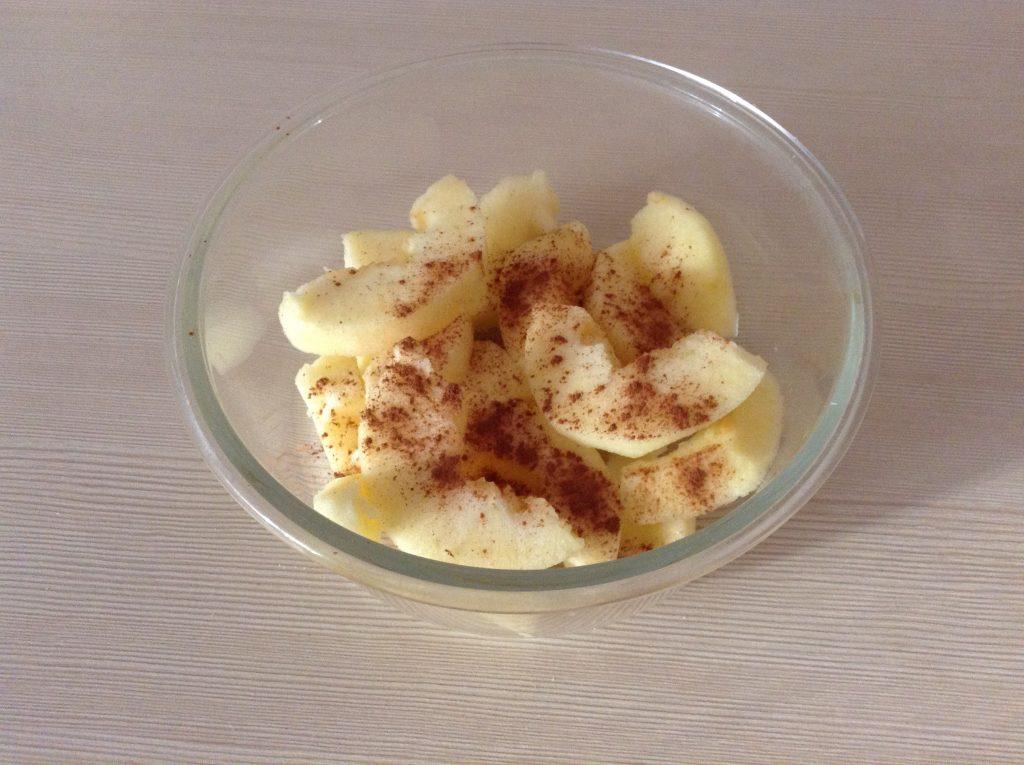 Фото рецепта - Жареные яблоки в кляре - шаг 4
