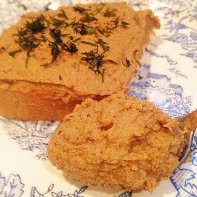 Паштет из куриной печени и сердечек - рецепт с фото