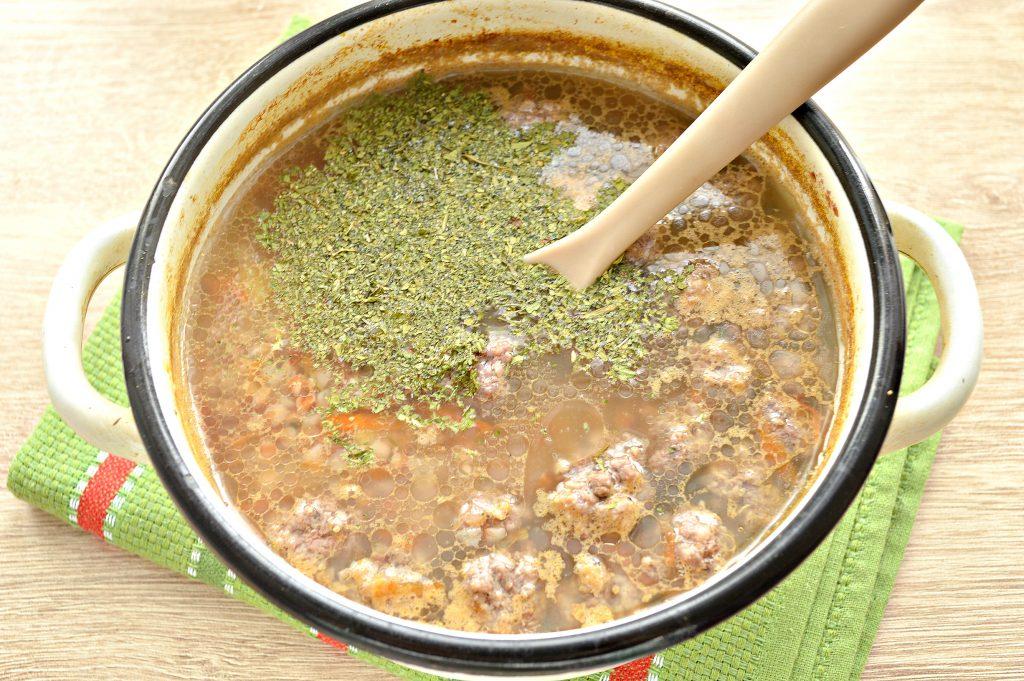 Фото рецепта - Гречневый суп с мясными фрикадельками - шаг 5