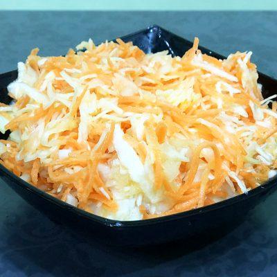Капустный салат как в кафе - рецепт с фото