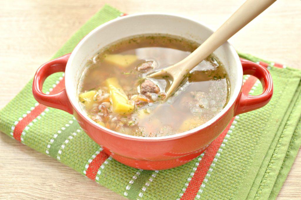 Фото рецепта - Гречневый суп с мясными фрикадельками - шаг 6