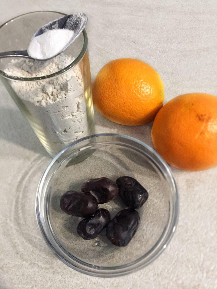 Фото рецепта - Постные апельсиновые кексы из зеленой гречи - шаг 1