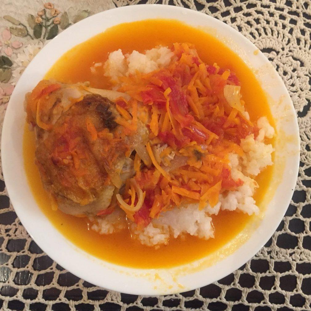 Фото рецепта - Вкусная подлива из курицы и овощей к рису - шаг 7
