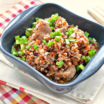 Свинина с гречкой и овощами в кастрюле - рецепт с фото