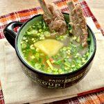 Картофельный суп со свиными ребрышками