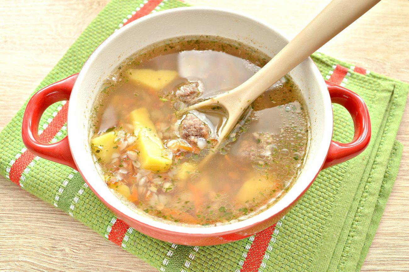 Гречневый суп с мясными фрикадельками