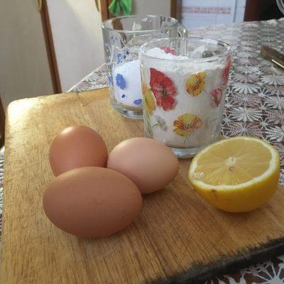 Фото рецепта - Лимонные кексы с меренгой - шаг 1
