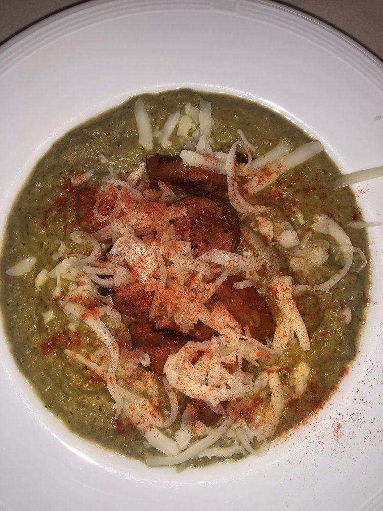 Фото рецепта - Крем-суп из брокколи и шампиньонов - шаг 7