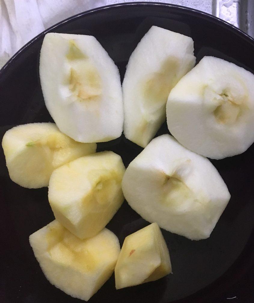 Яблочные оладьи к чаю - рецепт пошаговый с фото