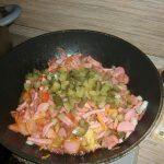 Фото рецепта - Сборная мясная солянка – вкусный суп по-наумовски - шаг 3
