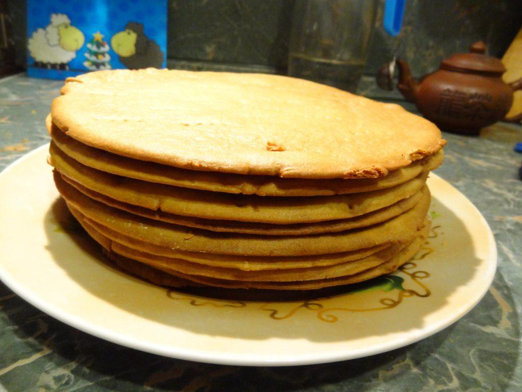 Фото рецепта - Классический медовик – пошаговый рецепт - шаг 8