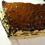"""Фото рецепта - Двухцветный торт """"Мишка"""" со сметанным кремом - шаг 8"""