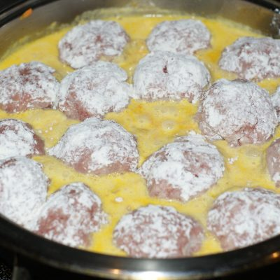 Фото рецепта - Тефтели с рисом из свино-говяжьего фарша для деток - шаг 8