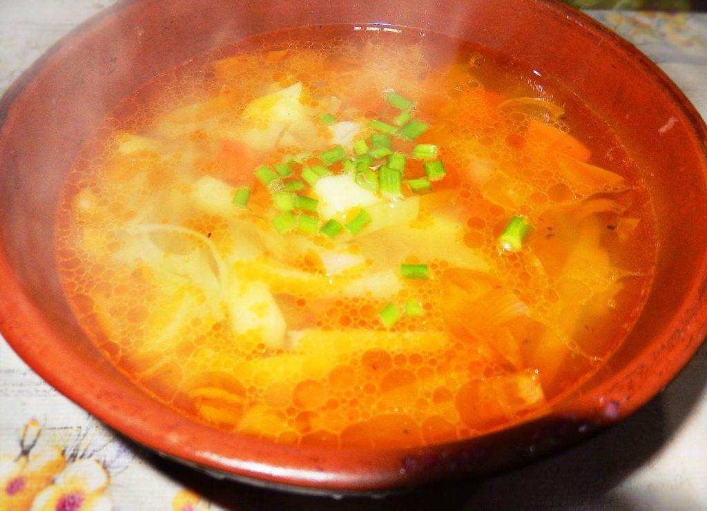 Фото рецепта - Вегетарианские щи с грибами - шаг 5