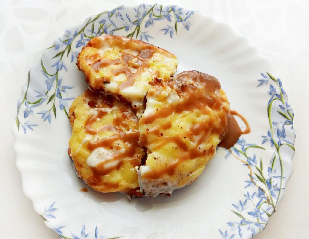 Фото рецепта - Приморские творожанники (сырники в духовке) - шаг 4