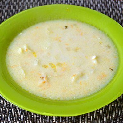 Сливочно-сырный суп с вермишелью - рецепт с фото
