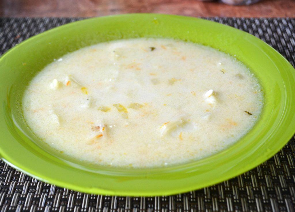 Фото рецепта - Сливочно-сырный суп с вермишелью - шаг 8