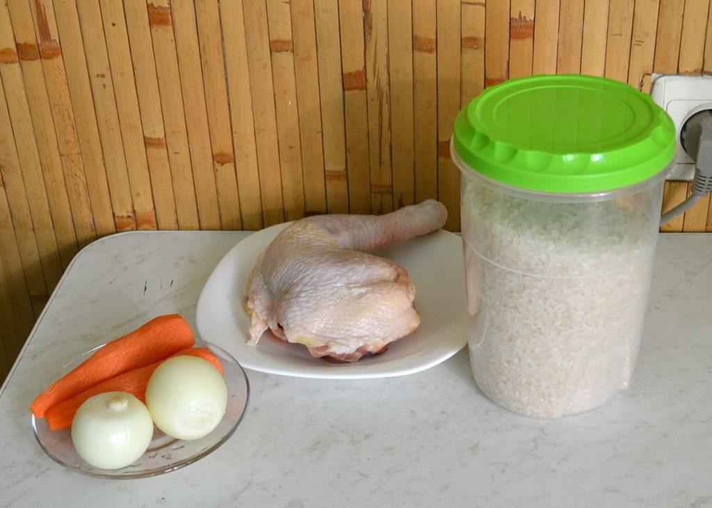 Фото рецепта - Японский плов с курицей и соусом Тирияки - шаг 1