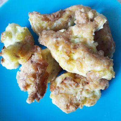 Жареная цветная капуста в яичном кляре - рецепт с фото